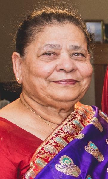 Divina Lilia Singh (Sequeira)