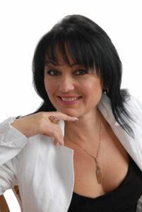 Iryna Wright